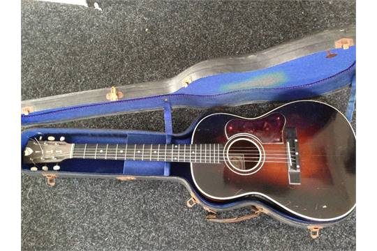 Martin Coletti G40 guitar in original blue-felt lined case