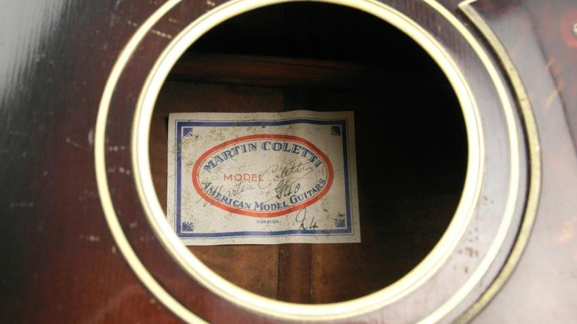 soundhole label. Martin Coletti American Model Guitars. G40.